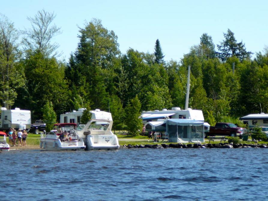 Camping Les Berges du Lac: Stratford