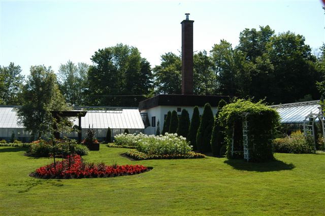 The Carl-Camirand Greenhouses Garden: