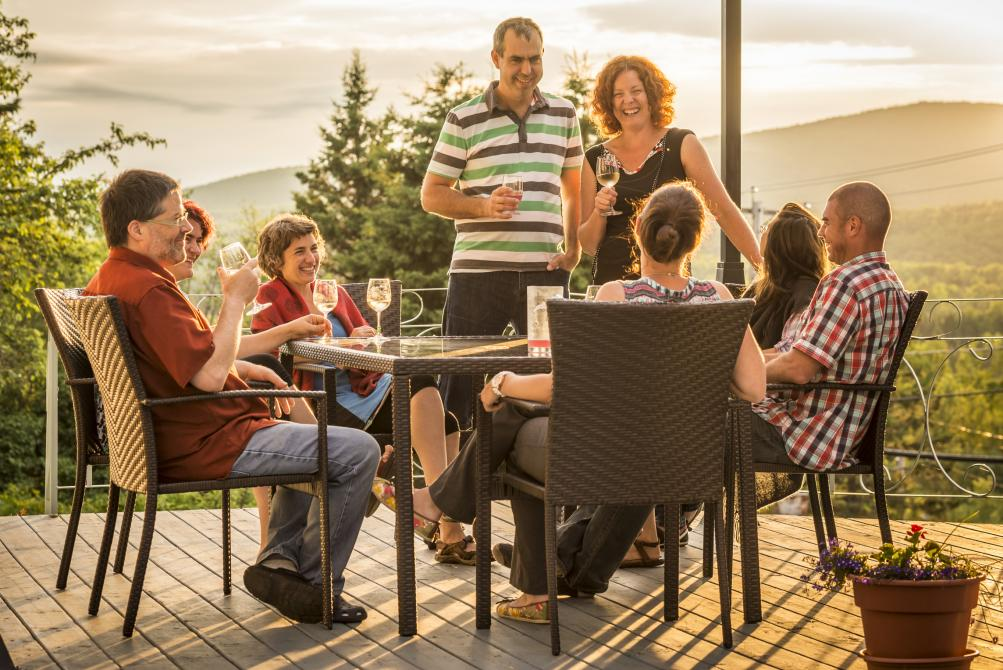 Terrace: Enjoy a glass of wine with firends!