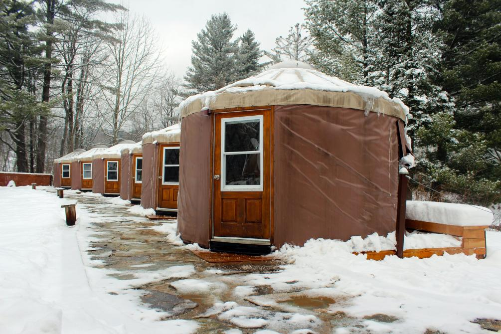 Spa Bolton winter : Live the winter thermal experience. Massages in heated yurt.