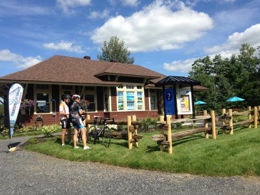Knowlton (Lac-Brome) tourism office