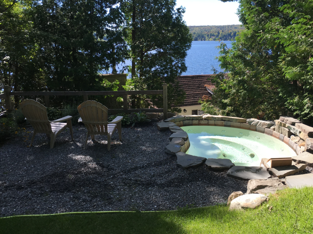 Chaletsetspa.ca: Cottage for rent in Austin and Eastman