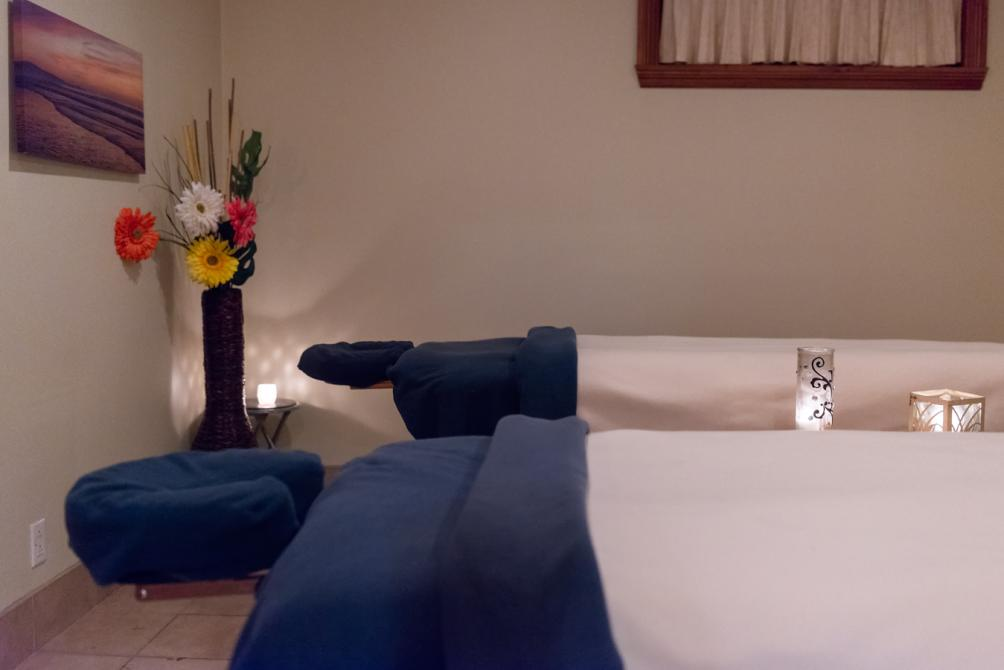Spa: Massage room for couples