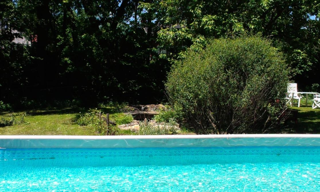 The pool: Maison Campbell