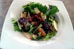 Salad with candied onions blackcurrant